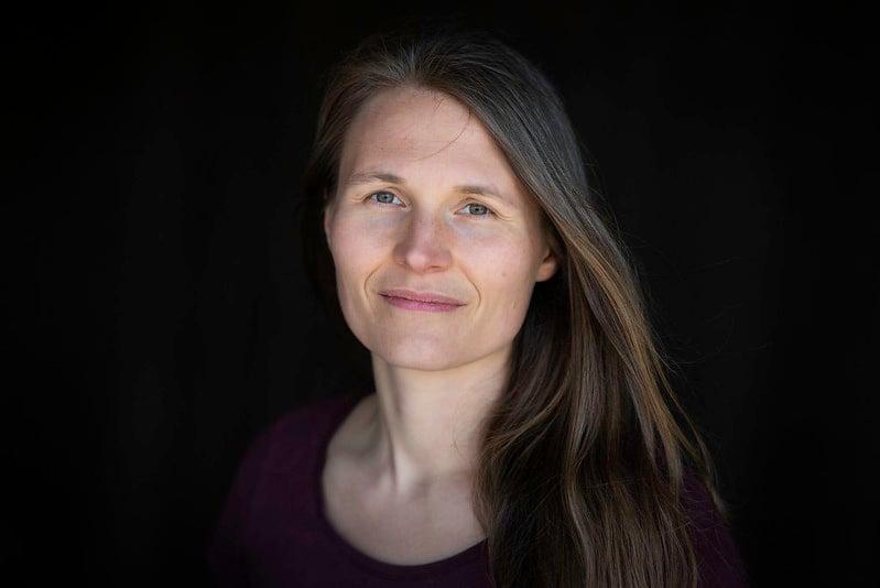 Forsker Mari Holm Ingelsrud ved Arbeidsforskningsinstituttet på OsloMet. Foto: Sonja Balci / OsloMet